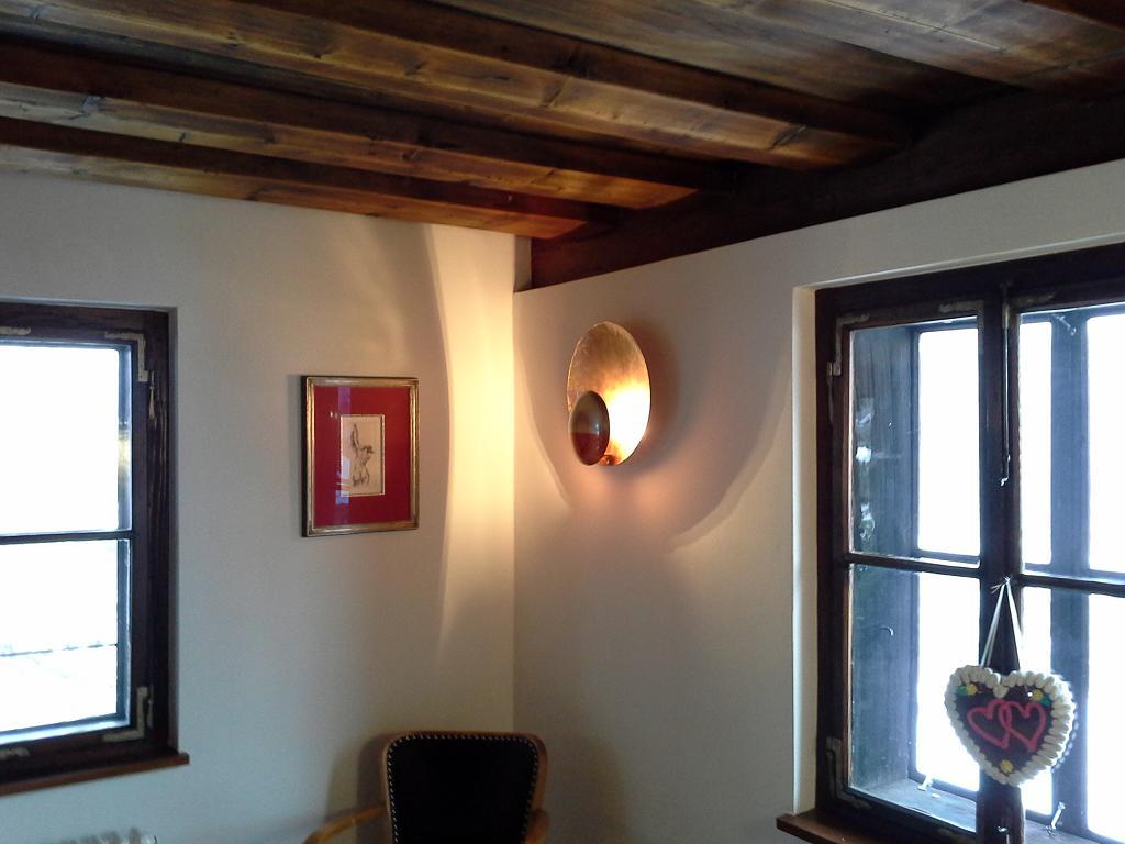 der seemann licht design umbau denkmalgesch tztes haus in sch nau. Black Bedroom Furniture Sets. Home Design Ideas